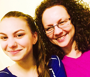 Andreea Epure, THOS-RO new volunteer and cousin to Samantha.